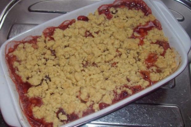 Dessert: Lebkuchen-Crumble mit Apfel, Birne und Preiselbeeren - Rezept - Bild Nr. 10
