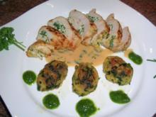 Hühnerbrust, gefüllt mit Ricotta und Bärlauch an Brot-Bärlauch-Nocken - Rezept