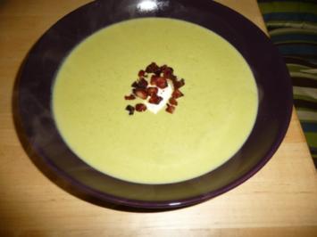 Erbsensuppe mit Speckcroutons - Rezept