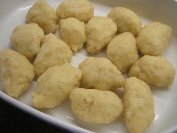 Pasta: Gnocchi Ripieni con Salsa di Salvia - Rezept - Bild Nr. 7
