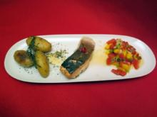 Gegrillter Lachs auf Mangosalsa mit Kräuterkartoffeln - Rezept
