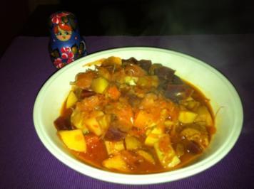 Veganer Borschtsch-Sauerkraut-Eintopf - Rezept