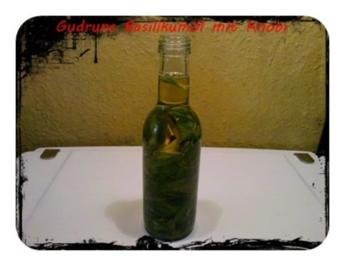 Öl: Basilikumöl mit Knobi - Rezept