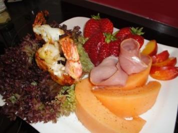 Fruchtig-Festlicher Salat - Rezept