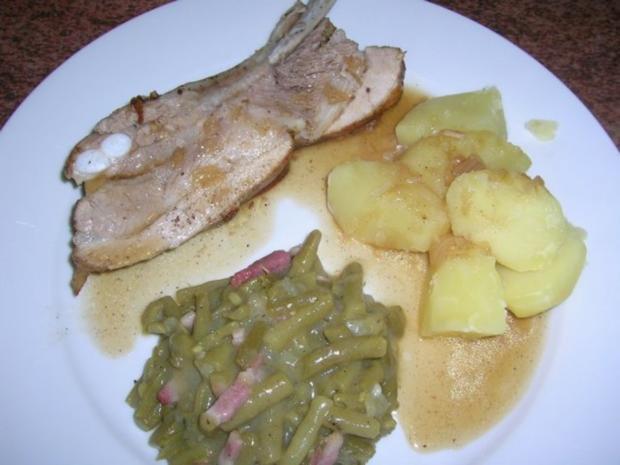 Geschmorte Dicke Rippe, an grünem Bohnengemüse und Salzkartoffeln (Hausmannskost) - Rezept - Bild Nr. 3