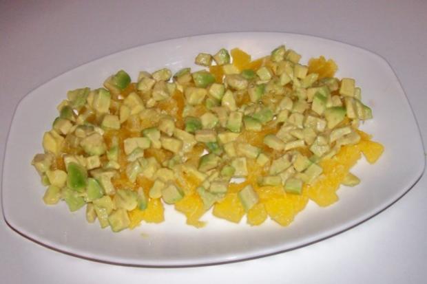Salat/Vorspeise: Fruchtiger Avocado-Orangen-Salat mit Granatapfel - Rezept - Bild Nr. 5