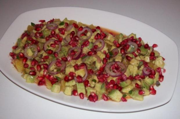 Salat/Vorspeise: Fruchtiger Avocado-Orangen-Salat mit Granatapfel - Rezept - Bild Nr. 8