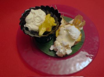 Gebackene Ananas mit Rum und Vanillesahne - Rezept