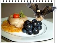 Gekochtes Eisbein mit Sauerkraut  und Weintrauben - Rezept