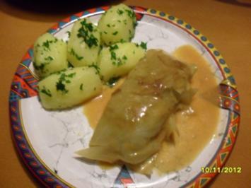 Kohlrouladen mit Petersilienkartoffeln - Rezept