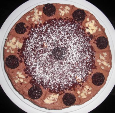 Schoko- Rondo-Torte mit Mascarponecreme - Rezept - Bild Nr. 7