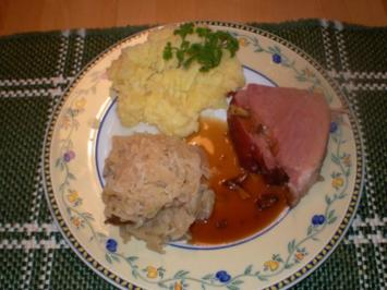 Schäufele mit Sauerkraut und Kartoffelpürree - Rezept