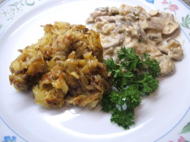 Kartoffeln: Waldarbeiter-Kartoffeln mit Champignongemüse - Rezept