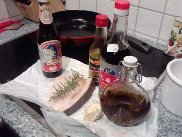 ENTWAFFNETER WAFFENNARR WIRD IN DIE PFANNE GEHAUEN - Schwertfisch-Steaks - Rezept - Bild Nr. 2