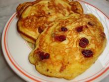 Kanadischer Apfelpfannkuchen mit Cranberries - Rezept