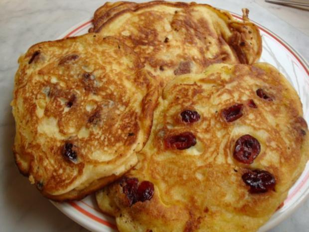 Kanadischer Apfelpfannkuchen mit Cranberries - Rezept - Bild Nr. 2