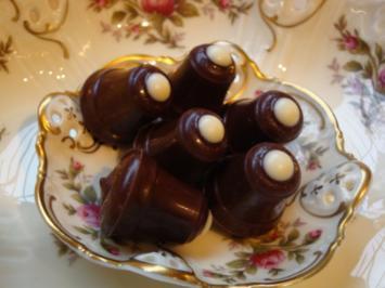 Rezept: Pralinen, Weihnachtliche Glöckchen oder jede andere Form mit Grand Marnier + Williamsgeist