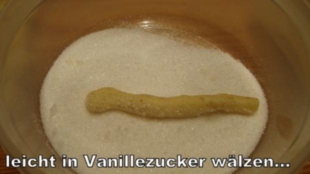 Vanillekipferln - Rezept - Bild Nr. 8