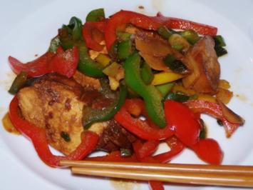 Hähnchenbrust mit Ingwer-Paprika-Gemüse - Rezept
