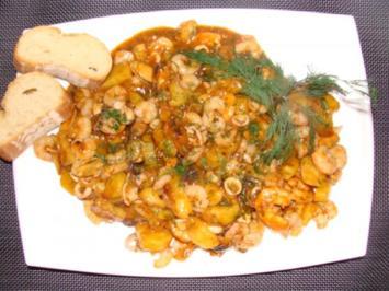 Salat :  Lauwarmer Bratkartoffelsalat mit Meeresfrüchten und Garnelenmarinade - Rezept
