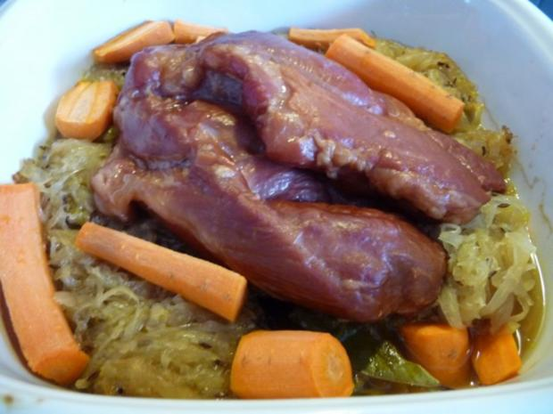 Schwein : Schäufele auf Mandarinen-Sauerkraut mit oder ohne  Kümmelkartoffeln - Rezept - Bild Nr. 7