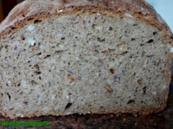 Brot:   rustilales KÖRNERBROT - Rezept