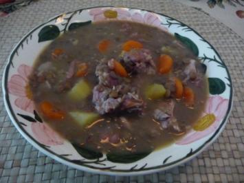 Suppen & Eintöpfe :  Linseneintopf mit Schälrippchen - Rezept