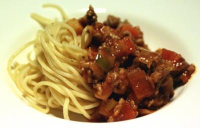 Spaghetti Bolognese ala mia - Rezept