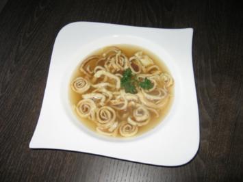 Schwäbische Flädle Supp' - Rezept