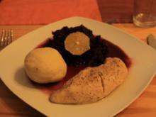Knusprige Clementinen Gans mit Weihnachtlichen Knödeln und Rotkohl - Rezept