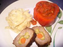 Bandnudeln, Tomatensoße am gefüllten Hackbraten - Rezept