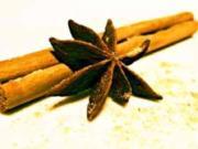 Kalbschnitzel an weihnachtlicher Pfefferrahmsauce und Rote-Bete-Feldsalat - Rezept