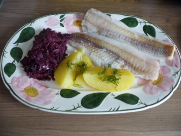 Fisch : Gedünsteter Alaska-Seelachs mit Mandarinen - Rotkohl und Salzkartoffeln - Rezept - Bild Nr. 4