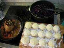 Sauerbraten mit Rotkraut und Klöße - Rezept