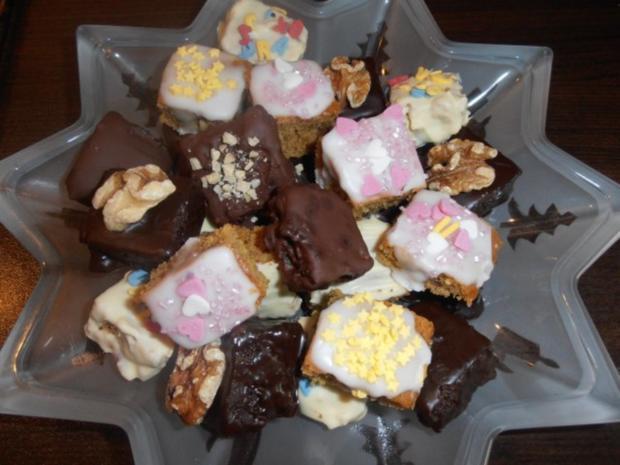 *Varianten von kleinen Lebkuchenwürfeln* - Rezept