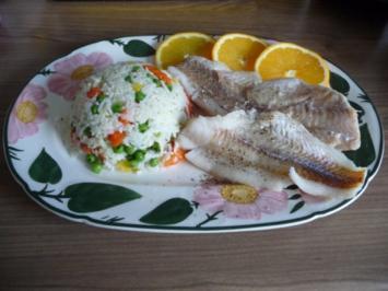 Fisch : Gedünsteter Alaska-Seelachs an Gemüsereis - Rezept