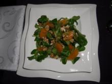 Feldsalat mit Clementinen Filets und Walnüssen - Rezept