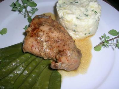 Kaninchen geschmort (unsere Art), an Zuckerschoten und Sellerie-Kartoffelragout - Rezept