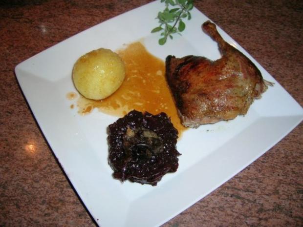 1. Advent-Menü (Entenbraten mit gezupftem Rotkohl , Riesengarnelen auf winterlichem Salat - Rezept - Bild Nr. 9