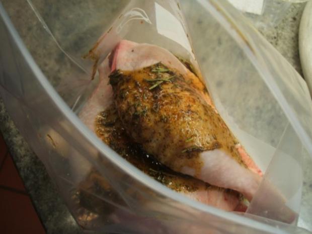 Geflügel: Marinierte Hähnchenschenkel aus dem Rohr mit Ofenkartoffeln - Rezept - Bild Nr. 5