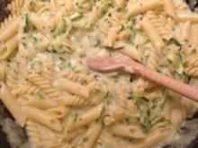 Fusilli mit Gorgonzola und Zucchini - Rezept