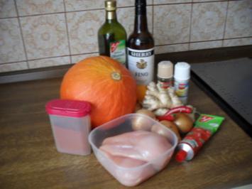 Hühnerbrust Filetgulsch mit Kürbis - Rezept