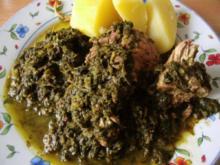 Grünkohl in Wurstsuppe gekocht mit dicker Rippe und Schweinekamm - Rezept