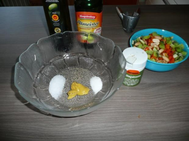 Bratwurst, Pommes ,Feldsalat - Rezept - Bild Nr. 3