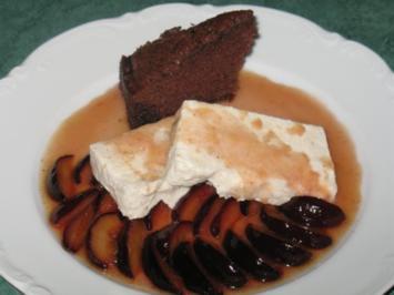 Dessert - Zimtblüten-Joghurt-Parfait an karamellisierten frischen Pflaumen - Rezept