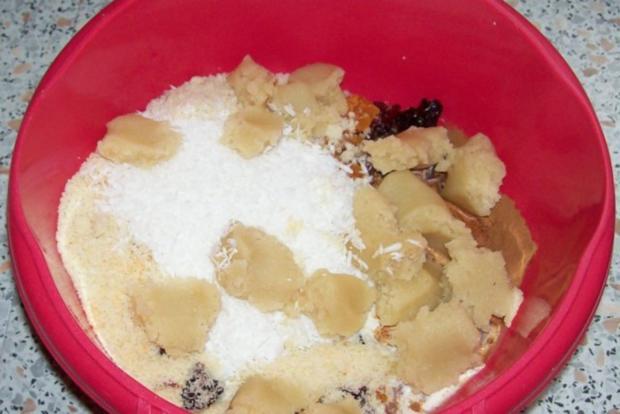 Weihnachtliches Stollen-Früchtebrot mit Kokos und Marzipan - Rezept - Bild Nr. 4