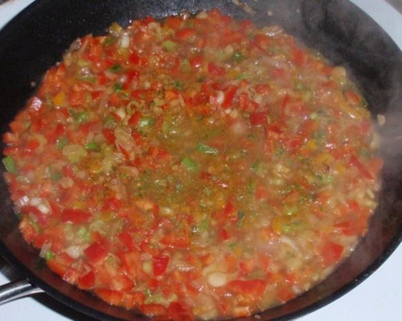 Pikante Hähnchenstreifen mit Spaghettitürmchen - Rezept - Bild Nr. 8
