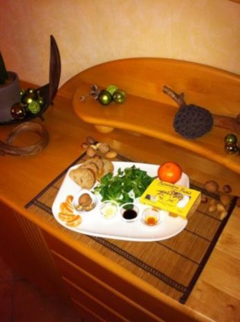 Feldsalat mit Walnüssen an Clementinen Vinaigrette - Rezept - Bild Nr. 2
