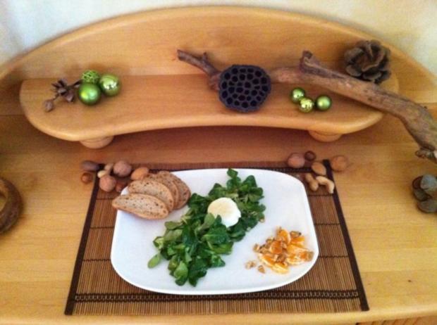 Feldsalat mit Walnüssen an Clementinen Vinaigrette - Rezept - Bild Nr. 4