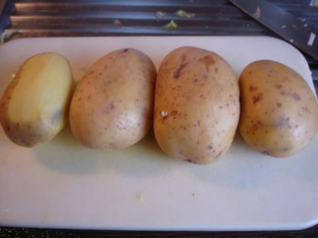 Pikantes Hähnchen mit Möhrenblüten und Kartoffelblütengratin - Rezept - Bild Nr. 20